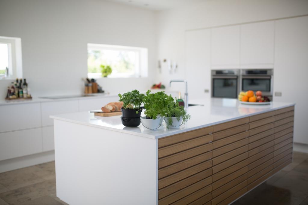 Een voedselveilig keukenblad van solid surface